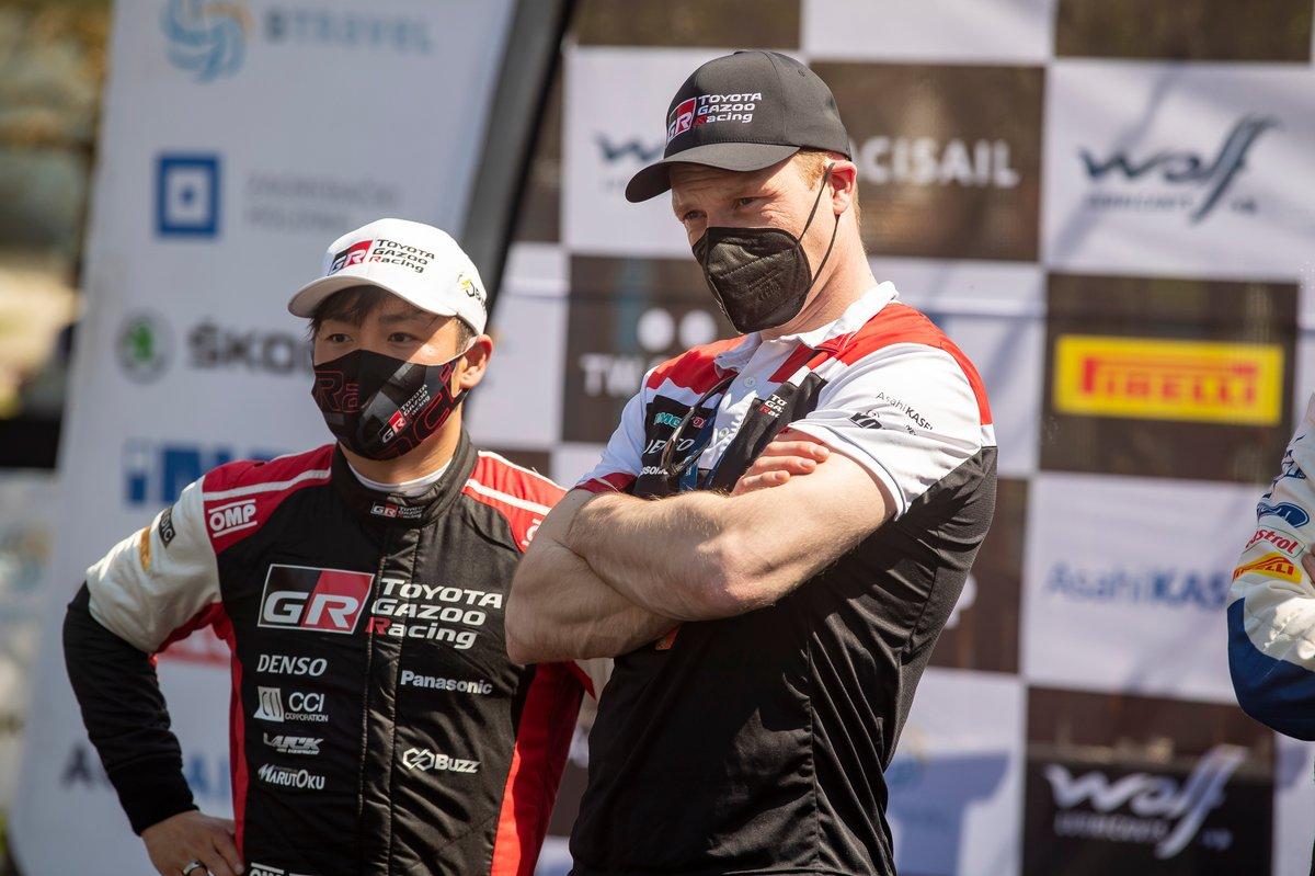 Jari-Matti Latvala, director del equipo Toyota Gazoo Racing WRT, Takamoto Katsuta, Toyota Gazoo Racing