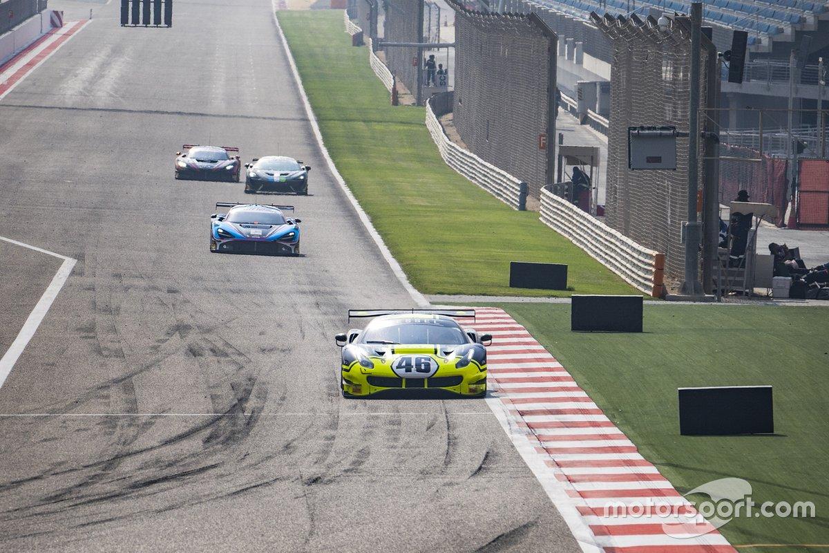 #46 Kessel Racing Monster VR46, Ferrari 488 GT3: Valentino Rossi, Alessio Salucci, Luca Marini