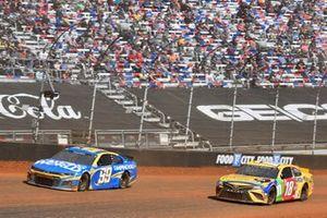 Daniel Suarez, TrackHouse Racing, Chevrolet Camaro Camping World, Kyle Busch, Joe Gibbs Racing, Toyota Camry M&M's Messages