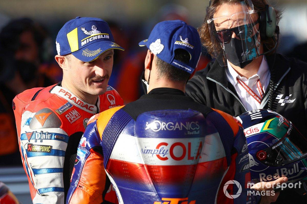 Tercer puesto Jack Miller, Pramac Racing, ganador de la pole Miguel Oliveira, Red Bull KTM Tech 3