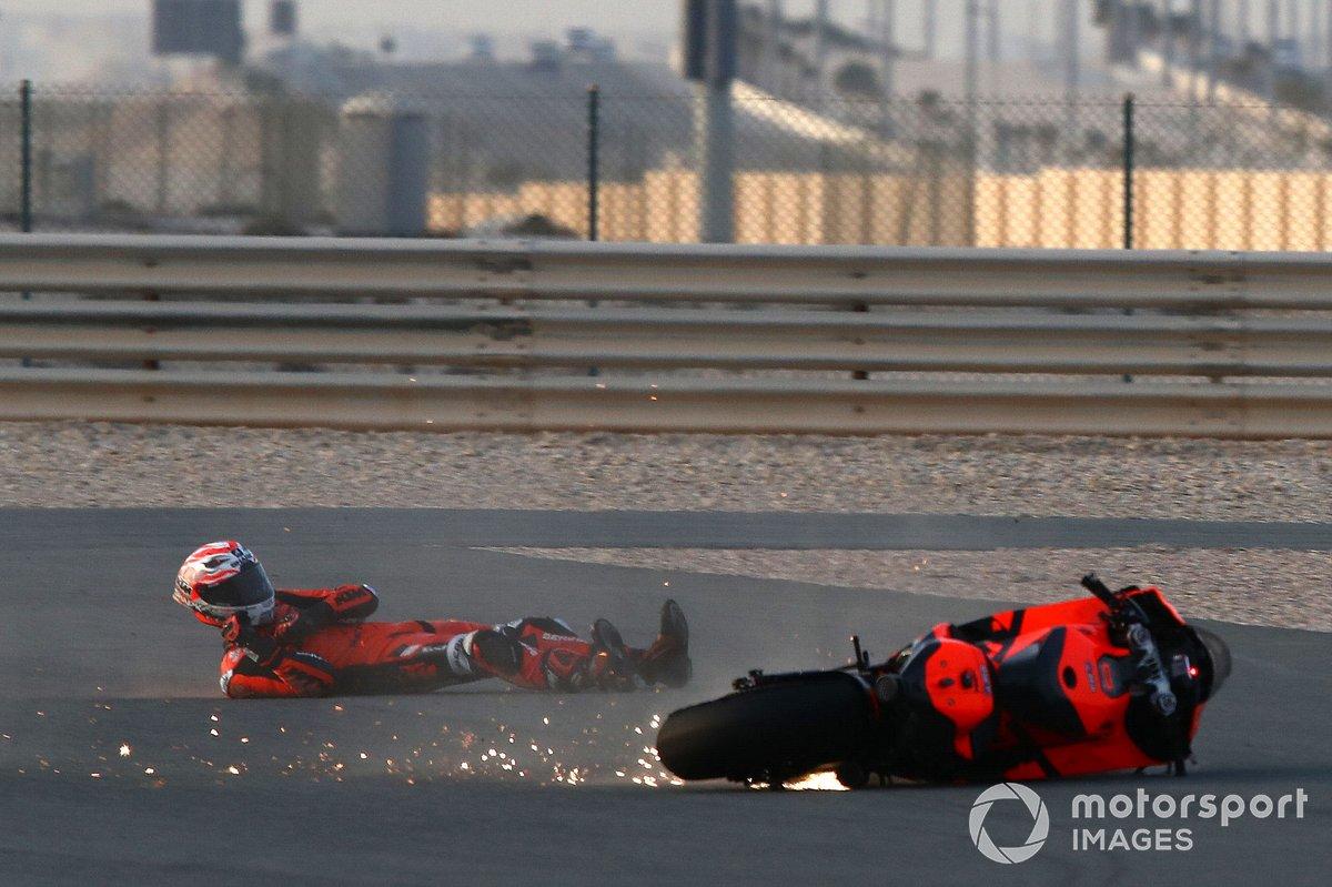La chute d'Iker Lecuona, KTM Tech3