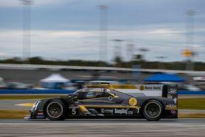 #5 JDC/Miller MotorSports Cadillac DPi: Tristan Vautier, Sebastien Bourdais, Loic Duval