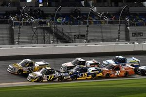 David Gilliland, David Gilliland Racing, Ford F-150 Black's Tire, Todd Gilliland, Front Row Motorsports, Ford F-150 Speedco, Grant Enfinger, ThorSport Racing, Toyota Tundra Champion/Curb Records