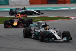 Lewis Hamilton, Mercedes-Benz F1 W08 leads Max Verstappen, Red Bull Racing RB13