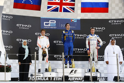Podium: Race winner Alex Lynn, DAMS; second place Johnny Cecotto Jr., Rapax; third place Sergey Siro