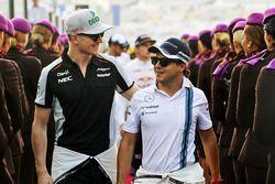 Nico Hulkenberg, Sahara Force India F1 con Felipe Massa, Williams en el desfile de pilotos