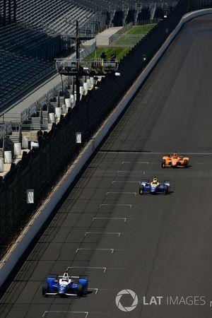 Takuma Sato, Andretti Autosport, Honda; Alexander Rossi, Herta - Andretti Autosport, Honda; Fernando