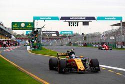 Jolyon Palmer, Renault Sport F1 Team RS17, Sebastian Vettel, Ferrari SF70H