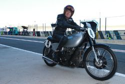Sammy Miller and the 1949 AJS Porcupine E90