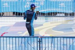 Sébastien Buemi, Renault e.Dams, sprays the champagne on the podium