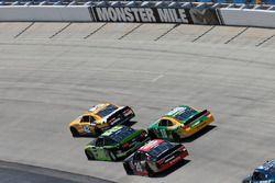 Kyle Larson, Chip Ganassi Racing, Chevrolet; Ryan Blaney, Team Penske, Ford; Erik Jones, Joe Gibbs R