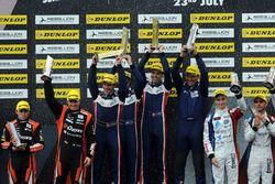 P2 Podium: Race winners #32 United Autosports, Ligier JSP217 - Gibson: William Owen, Hugo de Sadeleer, Filipe Albuquerque