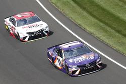 Denny Hamlin, Joe Gibbs Racing Toyota Daniel Suarez, Joe Gibbs Racing Toyota