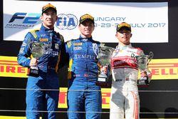Podium: winner Oliver Rowland, DAMS, second place Nicholas Latifi, DAMS, third place Nyck De Vries,