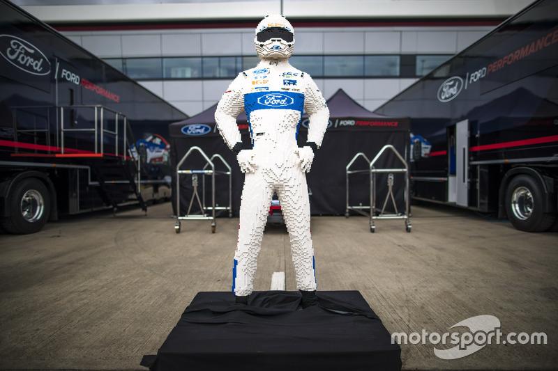 Lego men of Ford Chip Ganassi Racing