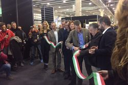 Il sindaco di Verona, Flavio Tosi, e l'attore Renato Pozzetto al Motor Bike Expo