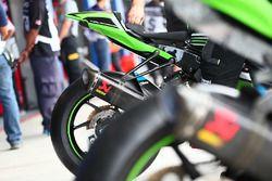 Kawasaki Racing, dettaglio dello scarico