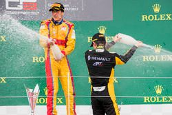 Podium: race winnaar Giuliano Alesi, Trident, tweede plaats Jack Aitken, ART Grand Prix