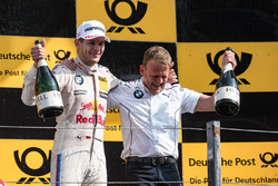 Podium: Race winner Marco Wittmann, BMW Team RMG, BMW M4 DTM, Stefan Reinhold, Team principal BMW Te