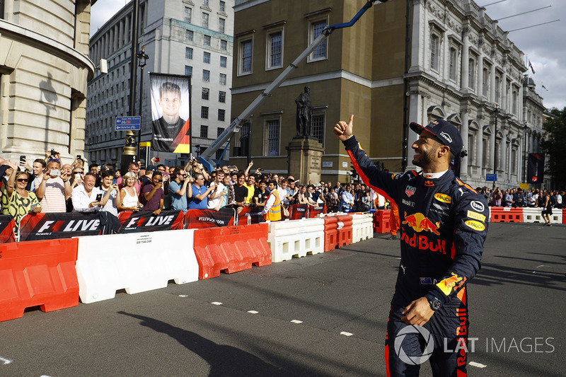 Daniel Ricciardo, Red Bull Racing, waves to the crowds
