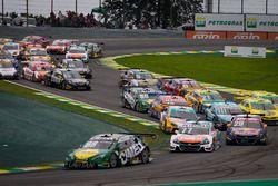 Felipe Fraga leads
