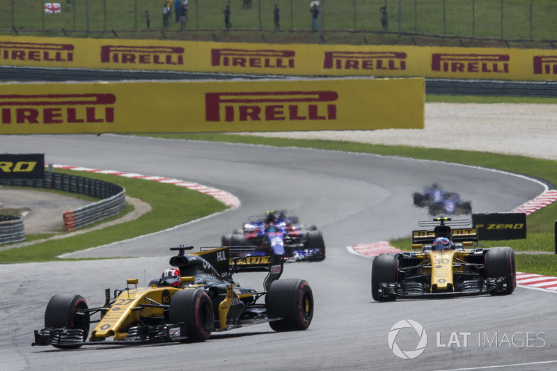 Nico Hulkenberg, Renault Sport F1 Team RS17 and Jolyon Palmer, Renault Sport F1 Team RS17