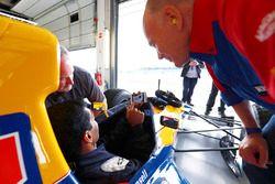 Peter Windsor, Karun Chandhok, Williams FW14B Renault