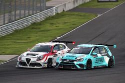 Davit Kajaia, GE-Force, Alfa Romeo Giulietta TCR, Rob Huff, Leopard Racing Team WRT, Volkswagen Golf