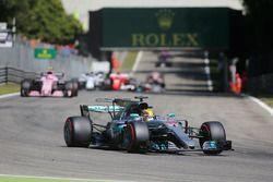 Lewis Hamilton, Mercedes AMG F1 W08 mène au départ