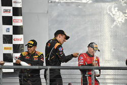 Podyum: Yarış galibi Daniel Mancinelli, Niccolo Schiro, TR3 Racing, 2. Johnny O'Connell, Ricky Taylo
