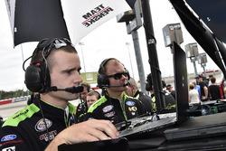 Joey Logano, Team Penske Ford crew
