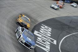 Dale Earnhardt Jr., Hendrick Motorsports Chevrolet, Matt Kenseth, Joe Gibbs Racing Toyota