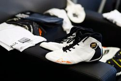 Les chaussures de Fernando Alonso, McLaren