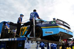 Ricky Stenhouse Jr., Roush Fenway Racing Ford is unloaded