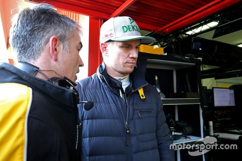 Nick Chester, Renault Sport F1 Team, Chassis Technischer Direktor und Nico Hülkenberg, Renault Sport F1 Team