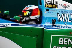 Mick Schumacher maneja el Benetton B194
