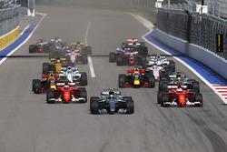 Valtteri Bottas, Mercedes AMG F1 W08, Sebastian Vettel, Ferrari SF70H, Kimi Raikkonen, Ferrari SF70H, Lewis Hamilton, Mercedes AMG F1 W08, Max Verstappen, Red Bull Racing RB13, Daniel Ricciardo, Red Bull Racing RB13
