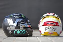 Cascos de Nico Rosberg, Mercedes AMG F1 y Lewis Hamilton, Mercedes AMG F1