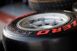 Pirelli Supersoft GP3 tyre