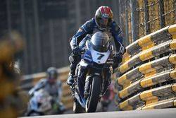 Dan Kneen, Yamaha