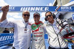 Emiliano Ventura, racewinnaar Tiago Monteiro, Honda Racing Team JAS