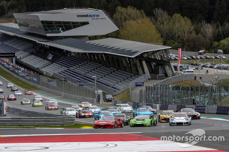 https://cdn-1.motorsport.com/images/mgl/6ARykqv0/s8/endurance-12-hours-of-red-bull-ring-2017-start-action.jpg