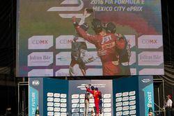 Podium: Winnaar Lucas di Grassi, ABT Schaeffler Audi Sport, tweede plaats Jérôme d'Ambrosio, Dragon