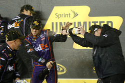 Winner Denny Hamlin, Joe Gibbs Racing Toyota