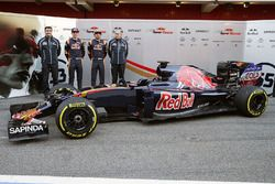 James Key, Scuderia Toro Rosso Technical Director with Max Verstappen, Scuderia Toro Rosso, Carlos Sainz Jr.,Scuderia Toro Rosso, Franz Tost, Scuderia Toro Rosso Team Principal and the Scuderia Toro Rosso STR11