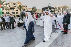 الشيخ نهيان بن مبارك آل نهيان وزير الثقافة والشباب الإماراتي مع محمّد بن سليّم، رئيس نادي السياحة