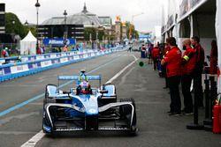 Nicolas Prost, Renault e.Dams, rentre au stand