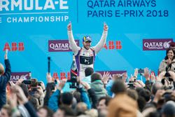 Podio: Sam Bird, DS Virgin Racing tercero