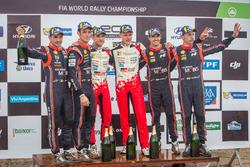 Podium: winners Ott Tanak, Martin Järveoja, Toyota Gazoo Racing, second place Thierry Neuville, Nicolas Gilsoul, Hyundai Motorsport, third place Dani Sordo, Carlos del Barrio, Hyundai Motorsport