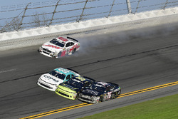 Cole Custer, Stewart-Haas Racing with Biagi-Denbeste Racing, Haas Automation Ford Mustang spins in t